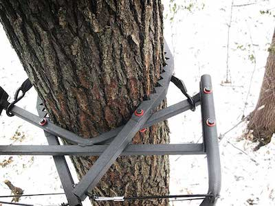 X-Stand Jaw Safety System On Tree